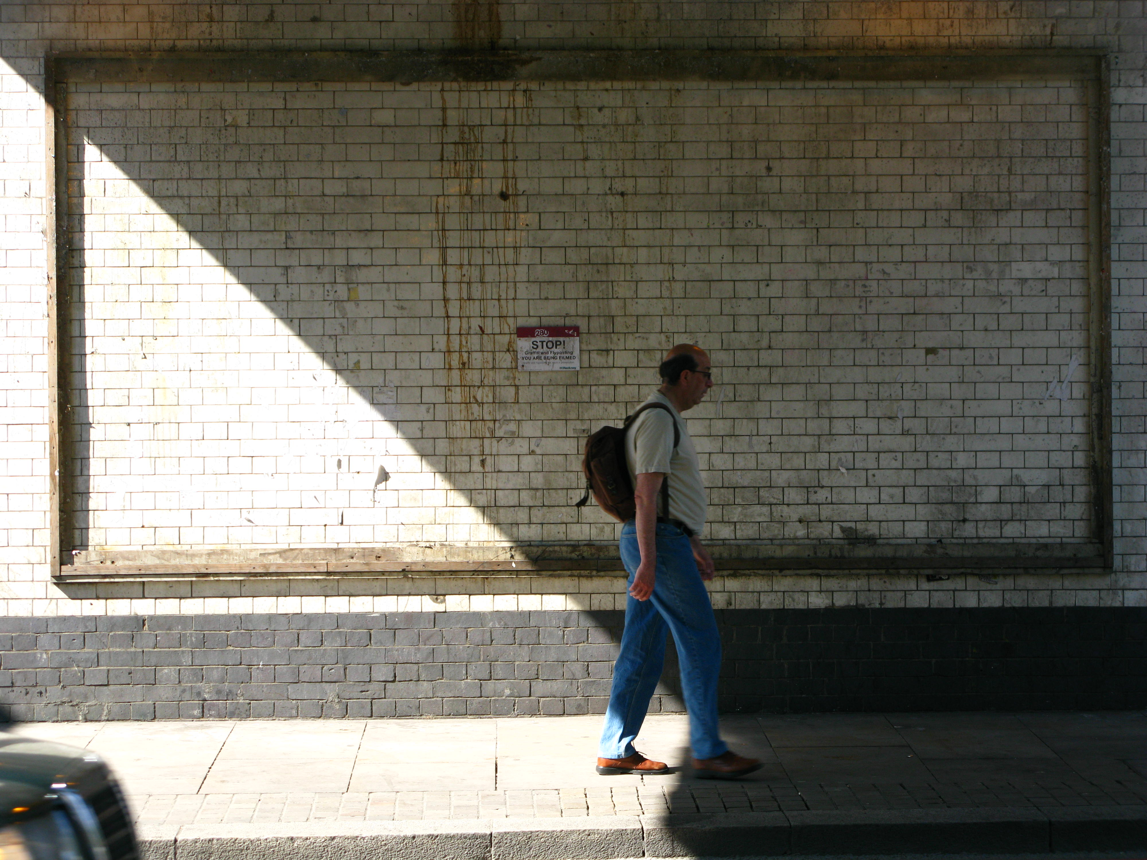 08-05-selling-shoreditch-opposite-wall1-007.jpg